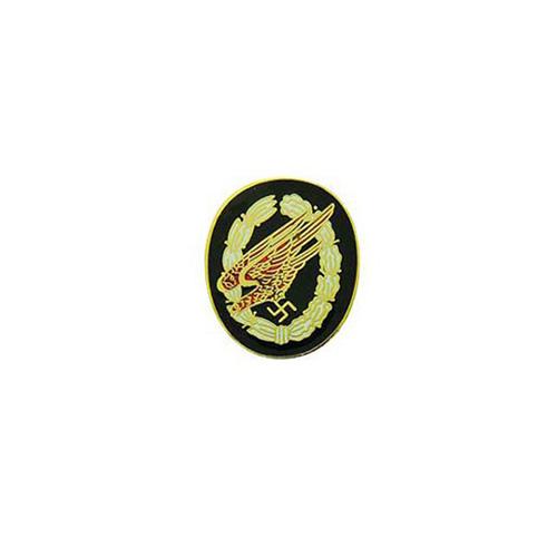 Pin Germ Paratrooper